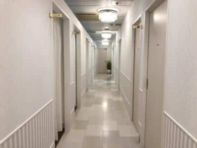 アリシアクリニック院内廊下写真