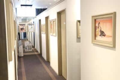 レジーナクリニック院内廊下写真
