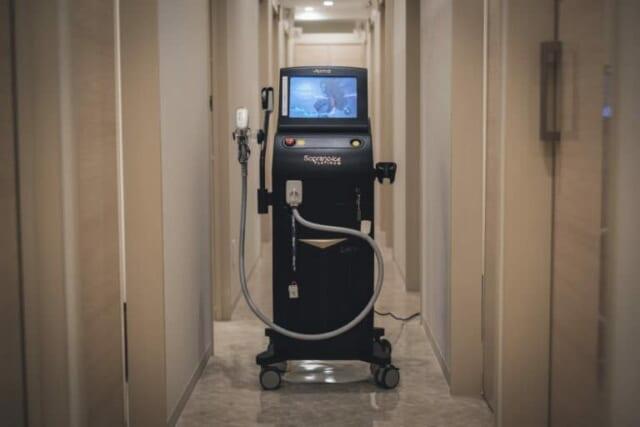 ジェニークリニックの医療レーザー脱毛機「ソプラノアイスプラチナム」